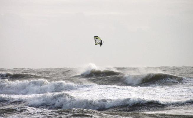 max lesauvage windsurf